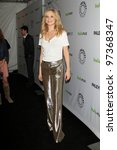Постер, плакат: Candice Accola arrives at