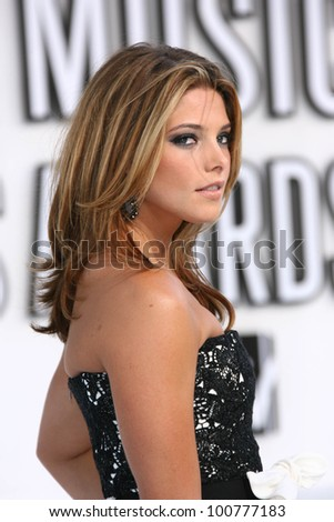 ashley greene at the 2010 mtv