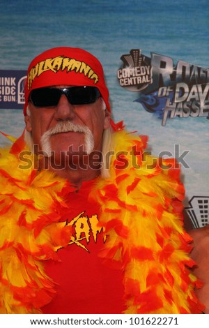 hulk hogan  at the comedy