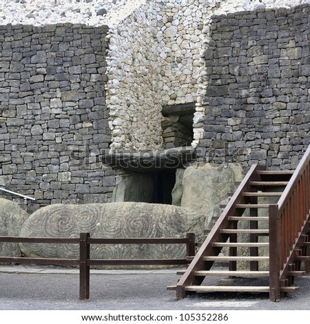 newgrange in the boyne valley
