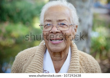 an elderly women smiling