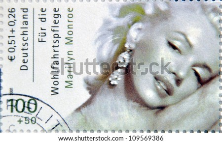 germany   circa 2001 a stamp