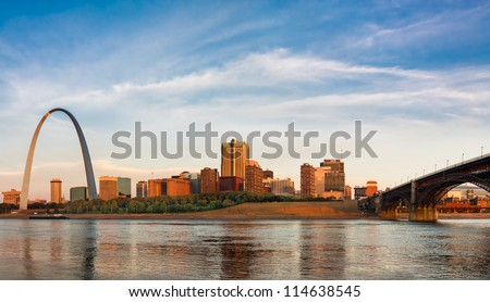 panoramic view of st louis with