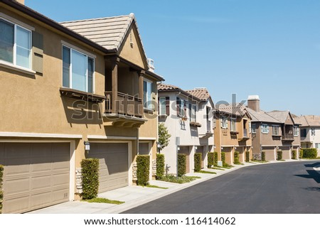 town homes line up along the