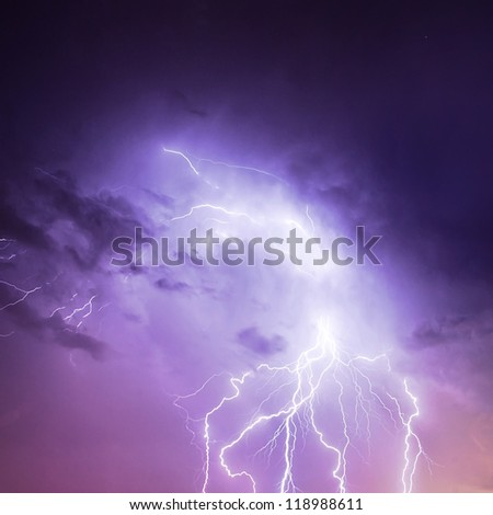 picture of discharge lightning