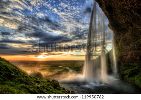 seljalandfoss waterfall at