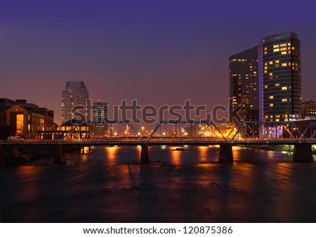 grand rapids city at night in