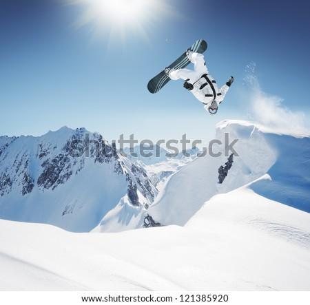 snowboard jumping in high