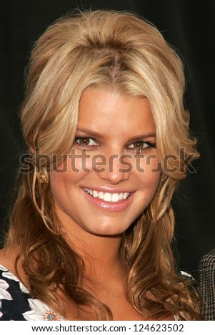 jessica simpson at a press