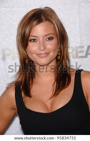 actress holly valance at the