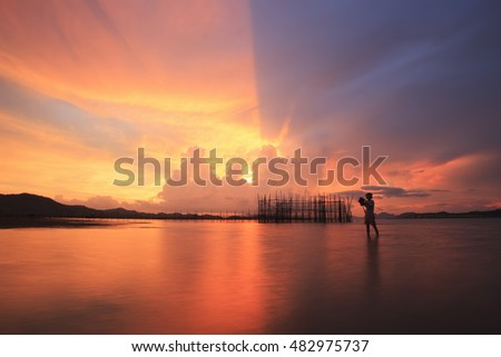 fish trap and twilight with Photographer