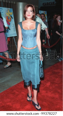 "19JUL99: Actress TORI SPELLING at premiere of her new movie ""Trick"" at the Egyptain Theatre, Hollywood.  Paul Smith / Featureflash"