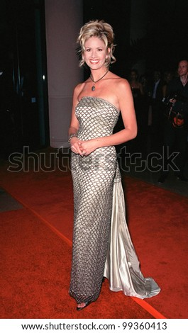 09OCT99: TV presenter NANCY O'DELL at the 1999 American Cinematheque Moving Picture Ball honoring actress/director Jodie Foster.  Paul Smith / Featureflash