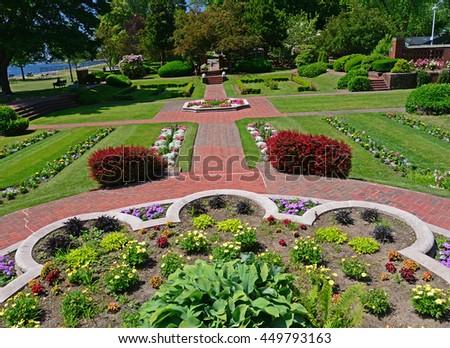 Kiev ukraine august 24 sculpture mother stock photo 110995754 shutterstock for Lynch s garden center