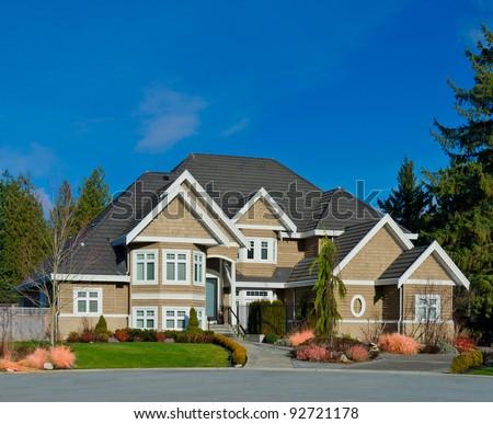 Nice neighborhood homes suburbs north america stock photo for High end house builders