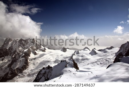 A view on Mont Blanc mountain range from top of Aiguille du Midi peak (3842m)