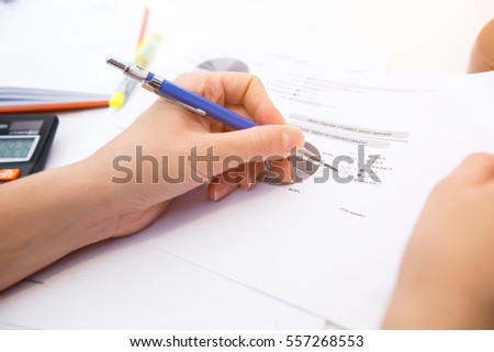 Accountant operates with form , diagram