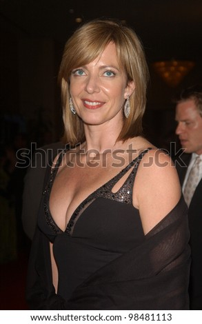 Actress ALLISON JANNEY at the 18th Annual American Cinematheque Gala honoring Nicole Kidman. November 14, 2003  Paul Smith / Featureflash