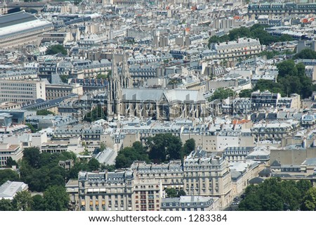 Aerial view, with Notredame Catedral in the center