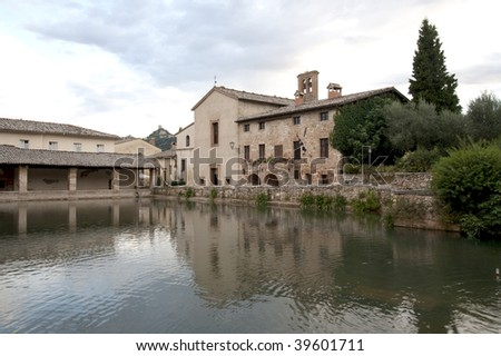 ancient health spa hot springs bagno vignoni italy