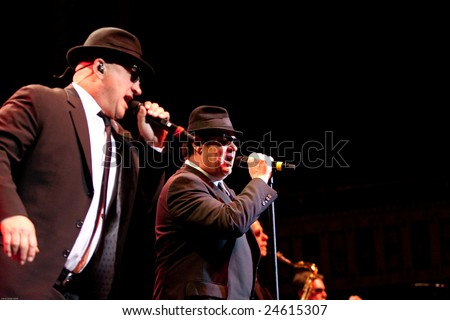 ATLANTA - FEB 7: Musical group, The Blues Brothers, featuring actors, Dan Aykroyd and Jim Belushi (L) perform at The Tabernacle on February 7, 2009 in Atlanta, Georgia for the Hilles of Ga Benefit.