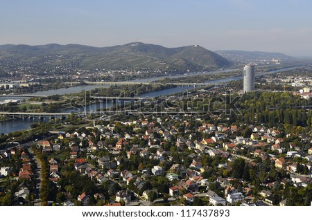 Austria, Vienna, Danube river and view to Kahlenberg and Leopoldsberg