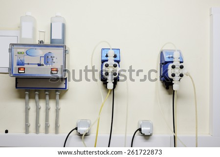 Automatic station water disinfection in swimming pool