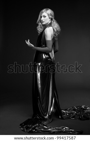 B&W portrait of blond woman with glamour make-up