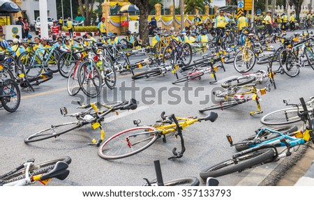BANGKOK, THAILAND - December 11, 2015: People ride bicycles in Bike For Dad event, purpose is to grateful to father and respect to the King of Thailand on December 11, 2015 in Bangkok, Thailand