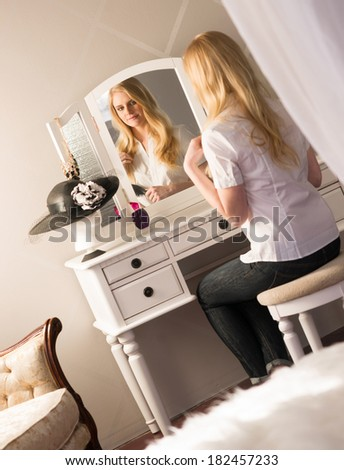 Vanity Mirror Table Stock Photos Vanity Mirror Table