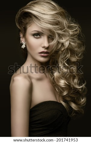 beauty girl blond curls