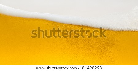 Beer foam wave with bubbels