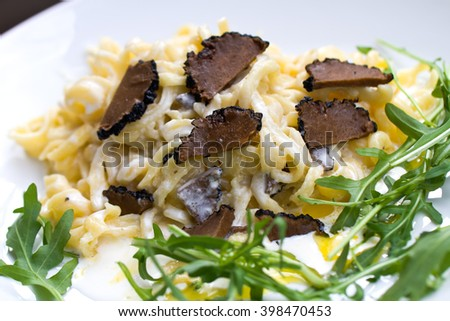 Black Truffles with Allium ursinum (ramson) and Sauce