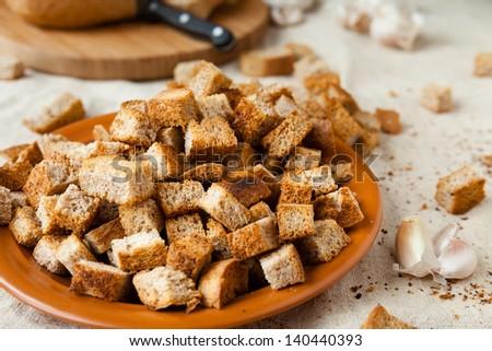 Гренки из ржаного хлеба рецепт