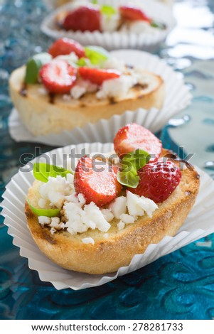 Volauvents Filled Red Caviar Stock Photo 114618907 ...