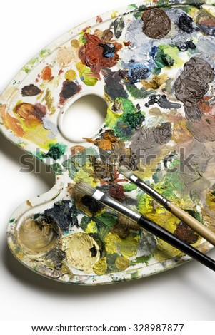 brushes on the palette