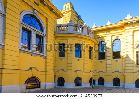 BUDAPEST, HUNGARY - AUG 18, 2014: Szechenyi Medicinal Bath complex , the largest medicinal bath in Europe, built in 1913