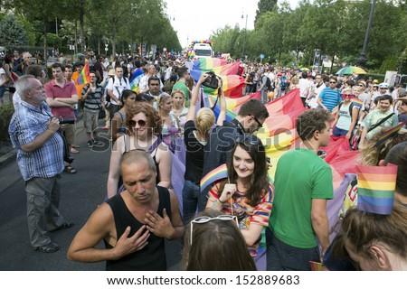 gay population of iowa