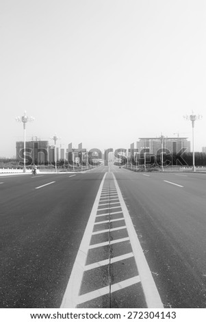 Building lighting and expedite road in broad field of vision, north china