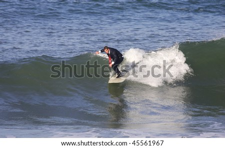 businessman doing surf with a smoking dress