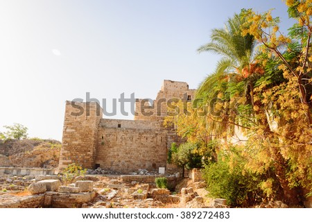 Byblos Crusader Castle, Lebanon.  It was built by the Crusaders in the 12th century from indigenous limestone and the remains of Roman structures.