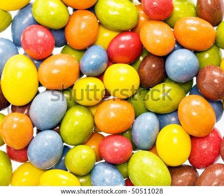 Candy coated chocolate peanuts