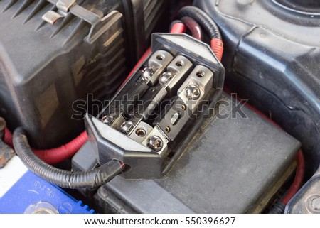 Car fuse, cutting the risk of unwanted scene, fuse protection system of the car.