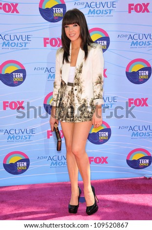 Carly Rae Jepsen at the 2012 Teen Choice Awards at the Gibson Amphitheatre, Universal City. July 23, 2012  Los Angeles, CA Picture: Paul Smith / Featureflash