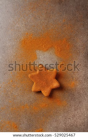 Christmas cookies with cinnamon. Light gray background