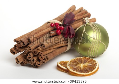Cinnamon sticks with dried oranges