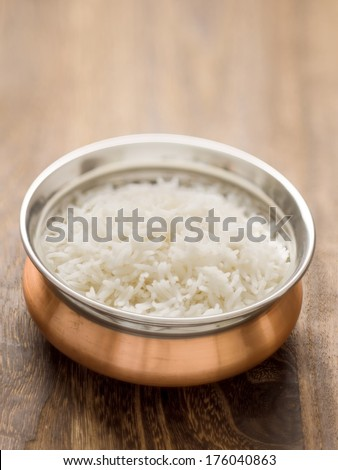 close up of a bowl of steamed indian basmati rice