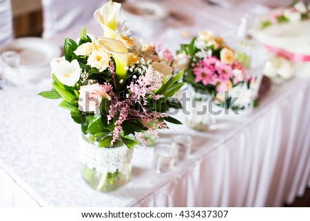 Close view of the wedding decoration on a table