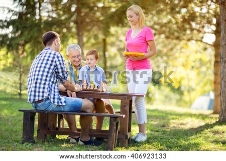 concept family in nature and playing chess