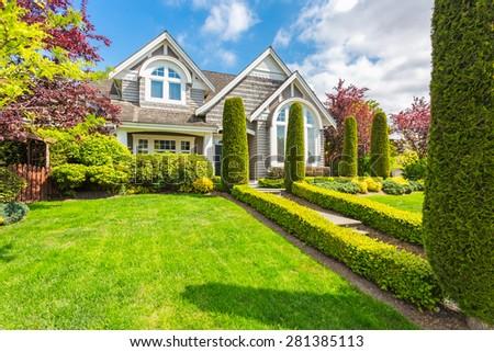 Big Custom Made Luxury House Nicely Stock Photo 201119831